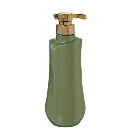 500ml special shape green plastic shampoo bottles